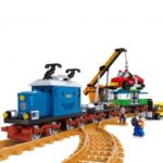 Ausini 25709 724pcs Train Freight Station DIY Building Block Assemble Toy